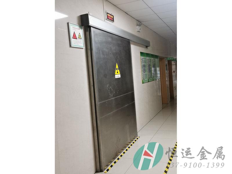 CT室射线防护铅门安装案例